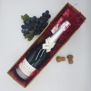 Fairmile Vineyard Classic Cuvée Sparkling Wine and Chocolates gift pack